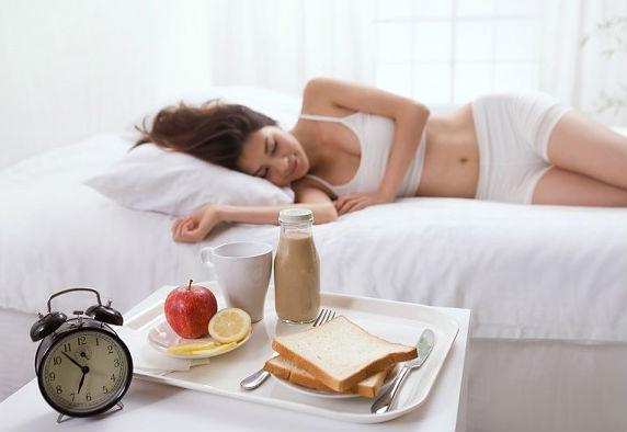 ngủ đầy đủ để giữ tinh thần sảng khoái