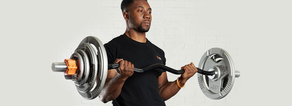 10 bai tap bap tay hieu qua nhat cua bodybuilding EZ Bar Curl