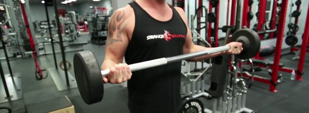 10 bai tap bap tay hieu qua nhat cua bodybuilding Wide-Grip Standing Barbell Curl