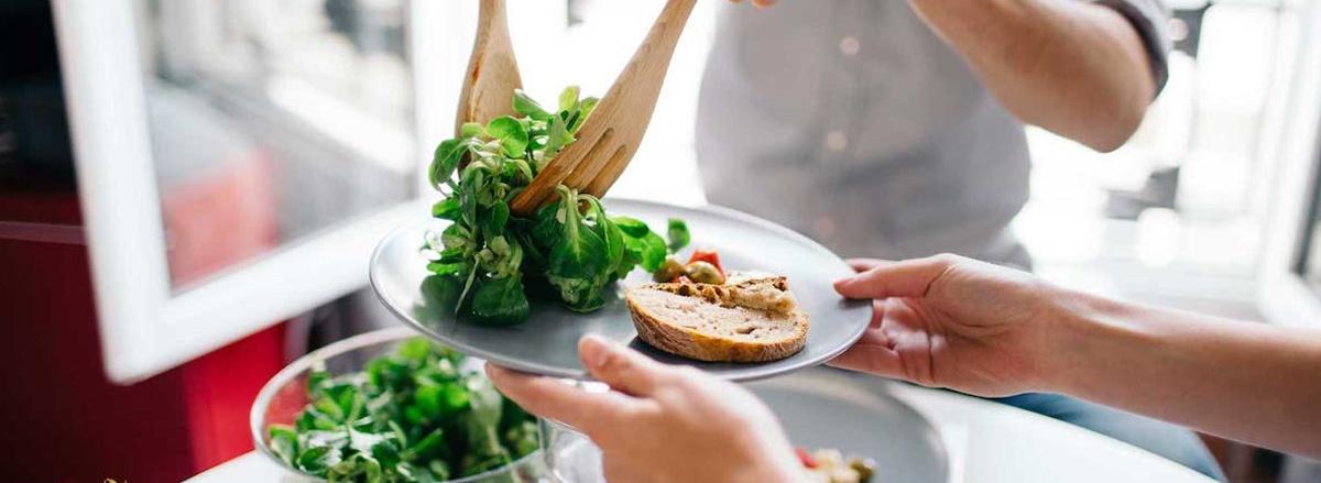 Tìm hiểu chế độ ăn kiêng Low Carbs là gì ? Tại sao Low Carb giảm cân nhanh hiệu quả và hướng dẫn thực hiện Low Carbs giảm cna nhanh, an toàn, hiệu quả...