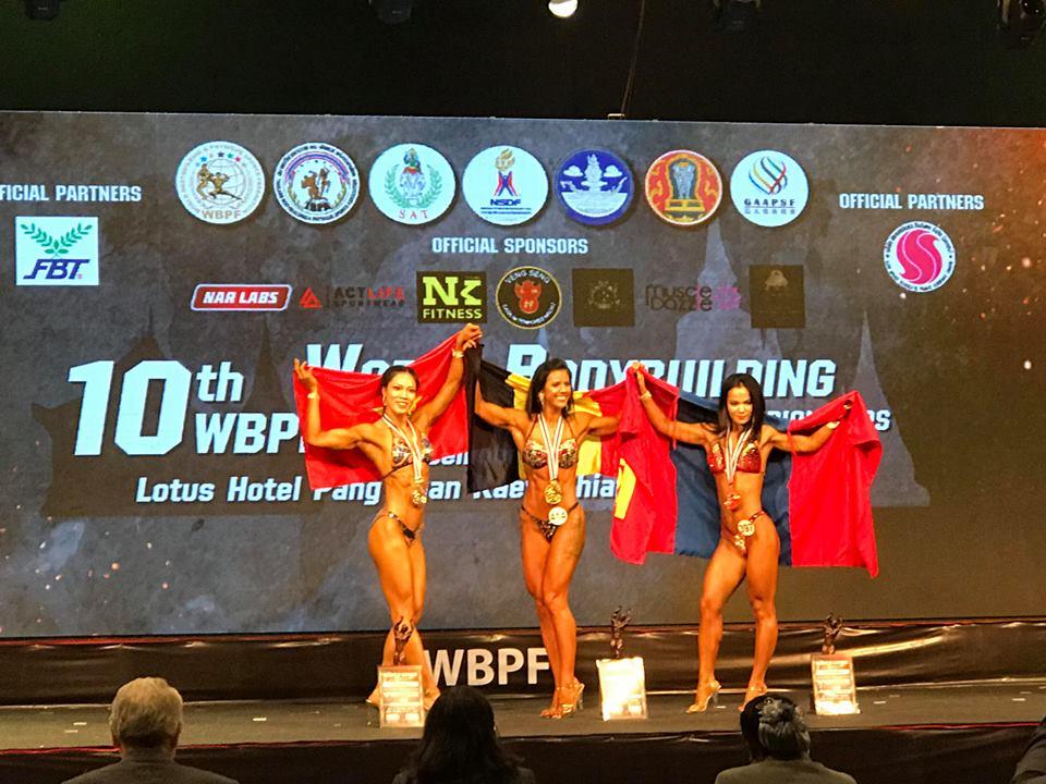 HCB vđv Nguyễn Thị Kim Cương nội dung nữ Sports Physique trên 165cm.