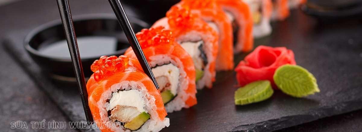 top 25 thuc pham ban can tranh xa gia giam can sushi