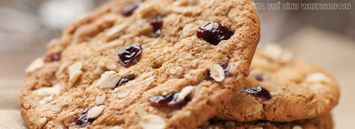 Bánh yến mạch chuối là một món ăn thơm ngon, dễ dàng chế biến và mang tới hiệu quả giảm cân tuyệt vời. Hãy cùng WheyShop tìm hiểu ngay 10 cách làm qua bài viết
