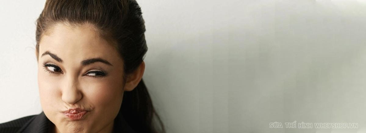 Mỡ mặt (mập mặt), hiểu một cách đơn giản là gương mặt bị phù trở nên nặng nề, chảy xệ do trữ nước hoặc tích mỡ. Tham khảo ngay 7 lời khuyên giảm mỡ mặt hiệu quả