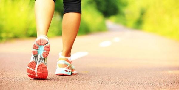 đi bộ tập thể dục đúng cách