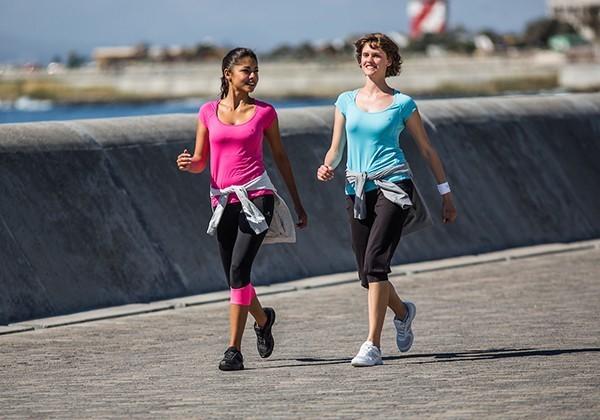 cách đi bộ tập thể dục