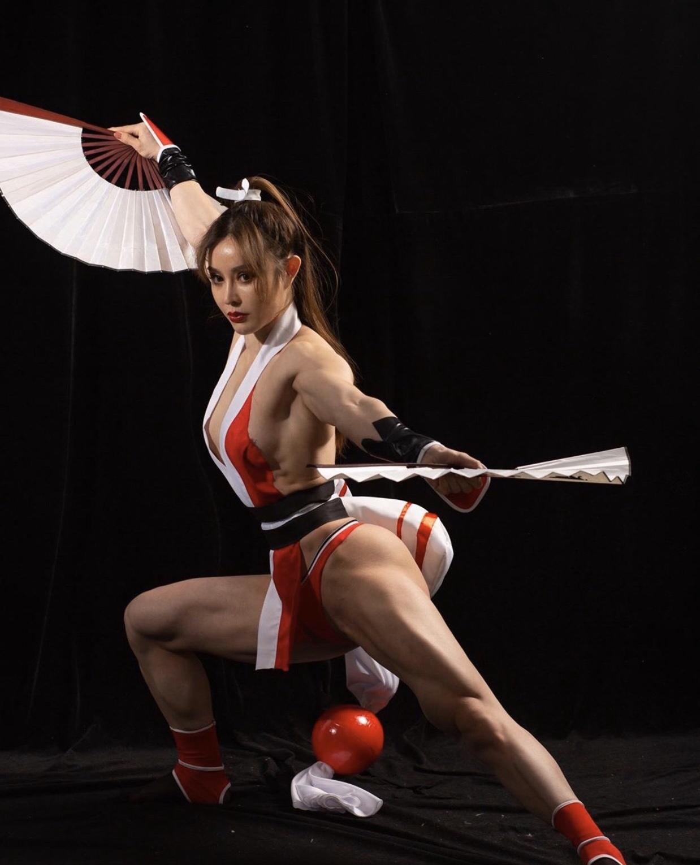 Yuan Herong là nữ bác sĩ Đông Anh kiêm gymer thể hình nổi tiếng hàng đầu trên mạng xã hội bởi khuôn mặt khả ái cùng thân hình lực sĩ ...