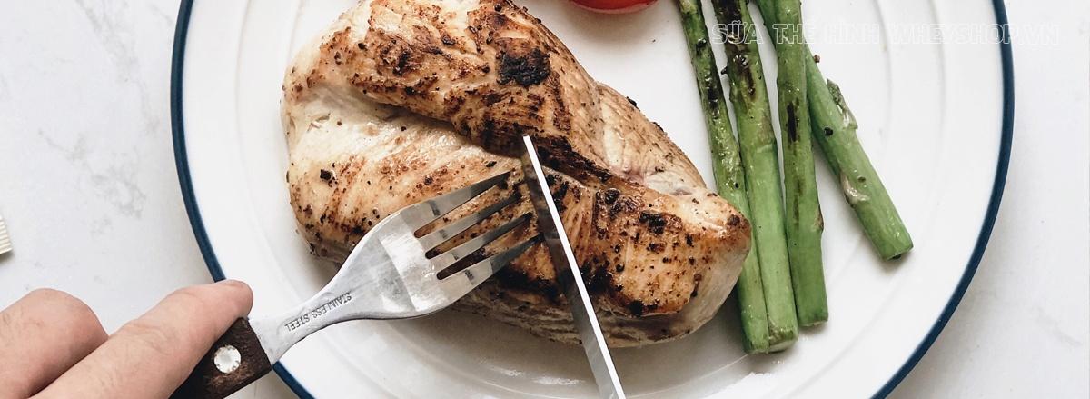 Cùng WheyShop tìm hiểu ngay hơn 30 cách chế biến ức gà dành cho người ăn kiêng giảm cân hiệu quả, thơm ngon và không bị nhàm chán qua bài viết ...