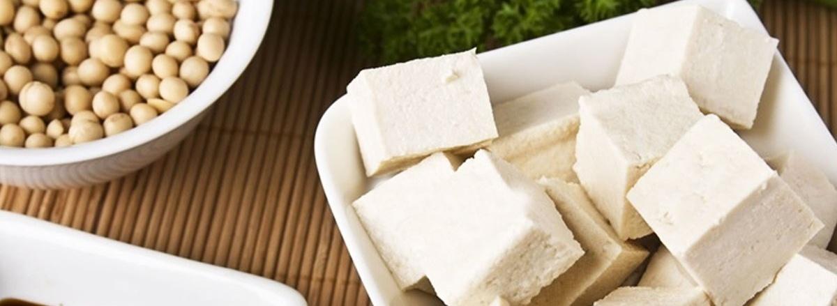 Đậu phụ hay còn gọi là đậu hũ, là món ăn quen thuộc với người Việt. Cùng tìm hiểu lợi ích, tác dụng phụ của đậu phụ với người tập gym qua bài viết để hiểu rõ ...