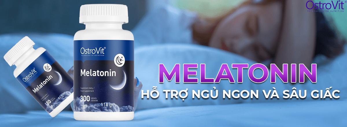 Ostrovit Melatonin 300 viên hỗ trợ cải thiện nâng cao chất lượng giấc ngủ hiệu quả, giúp dễ ngủ hơn, ngủ sâu giấc hơn và phục hồi cơ bắp, giảm stress hiệu quả.