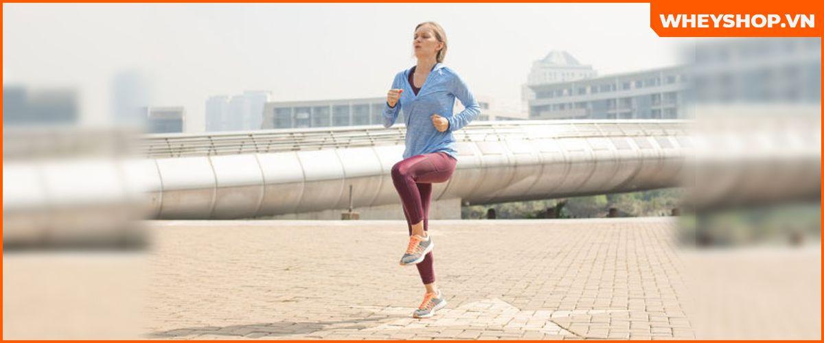 Chạy bộ tại chỗ nghe rất đơn giản tuy nhiên lại mang tới cực kỳ nhiều lợi ích cho sức khỏe. Tìm hiểu ngay 9 lợi ích tuyệt vời qua bài viết..