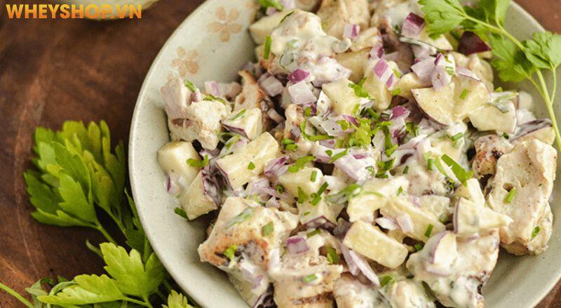 Salad ức gà mayonnaise